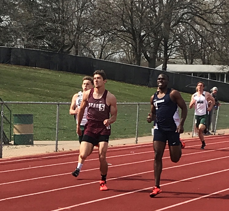 Sam Scaggs qualifying for nationals in the 400m run