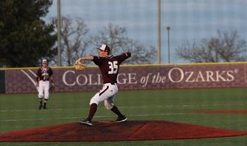 CofO Wyatt Saltarelli pitching