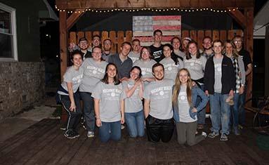C of O students volunteer for Spring Breakaway at Rockaway Beach