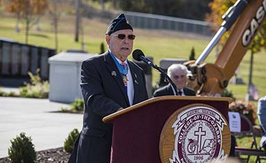 "WWII marine Medal of Honor recipient Hershel ""Woody"" Williams"