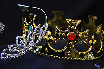 Crown and tiara the guests receive