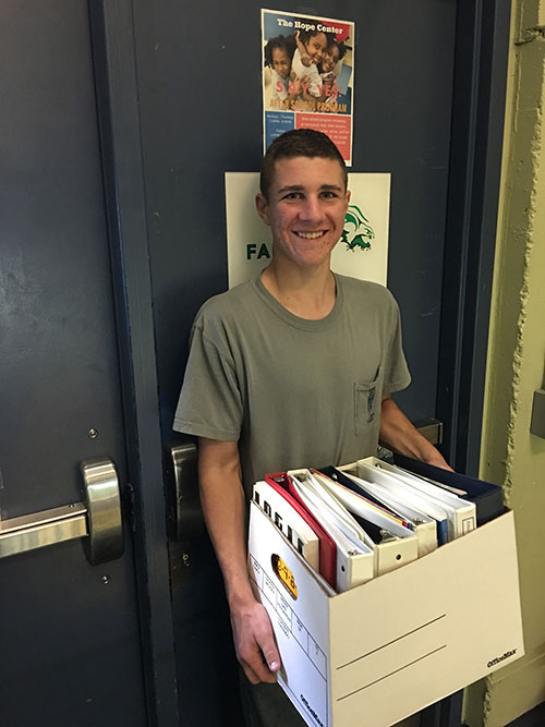 Nick Anderson, a freshman at School of the Ozarks, volunteered, along with his class, at the Hope Center in Kansas City.