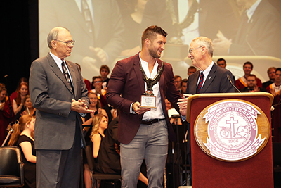 Tim Tebow recieving the Great American Award
