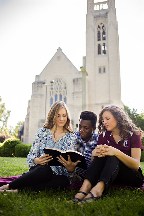 Students at Williams Memorial Chapel